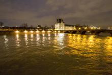 La Seine et le Louvre