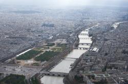 La Seine, le Louvre et le jardin des Tuileries