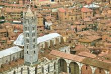 Le campanile de la cathédrale de Sienne
