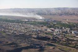 ville de Temirtam et usines