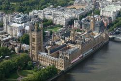 Tour de l'horloge et le palais de Westminster à Londres